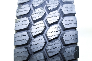 11 r 22.5 - LM705 Winter Drive Tire