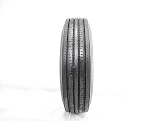 11 r 22.5 - LM116 Steer/Trailer Tire